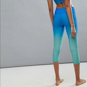 Onsite fishnet print blue ombré legging